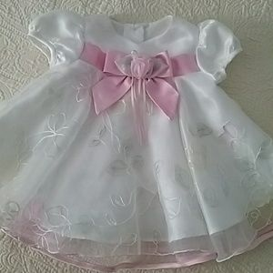 Beautiful baby special occasion dress 3-6M